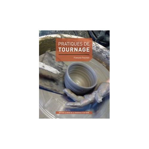 Photo PRATIQUES DE TOURNAGE - achat livres-sur-le-travail-de-la-terre en ligne avec Cigale et Fourmi