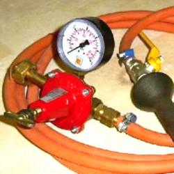 BRULEUR RAKU 15KW+MANO+REDUCTION A VIS+TUYAU - Brûleurs gaz propane - Cigale et Fourmi